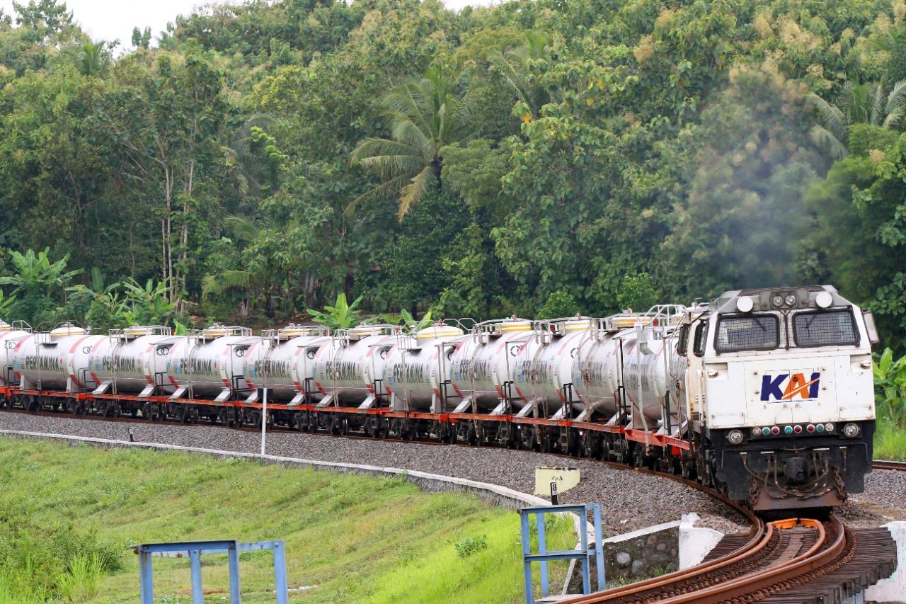 PGAS KAI Berkolaborasi dengan PGN untuk Angkut LNG dengan Kereta Api – Koran BUMN